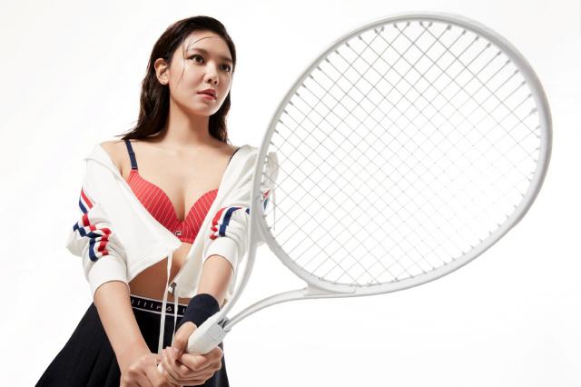 소녀시대 잊어라, 수영 '섹시폭발' 속옷 화보 대방출