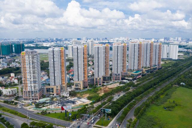 [온라인으로 보는 해외 부동산]호찌민, 프리미엄 주택 개발 붐...강변 분양가 3.3㎡당 3,000만원 찍어