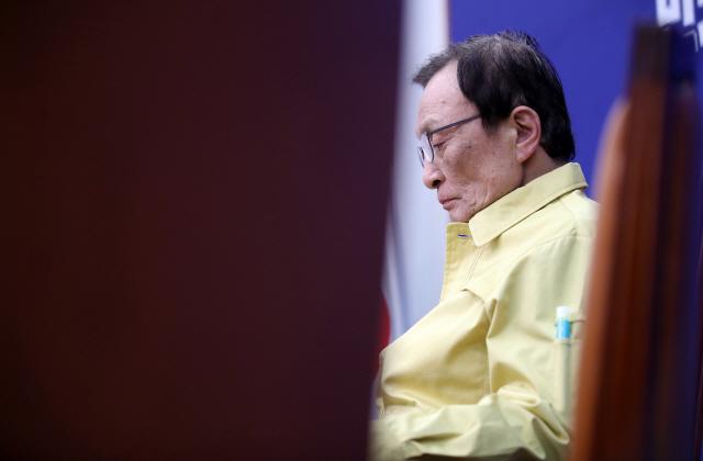 """[뒷북정치]""""내로남불"""" 민주당, 명분 버리고 비례정당 택한 이유는?"""