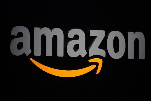 '온라인 주문 폭주' 아마존, 직원 10만명 새로 뽑는다