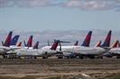 위기의 항공업...델타·보잉 신용등급 하향
