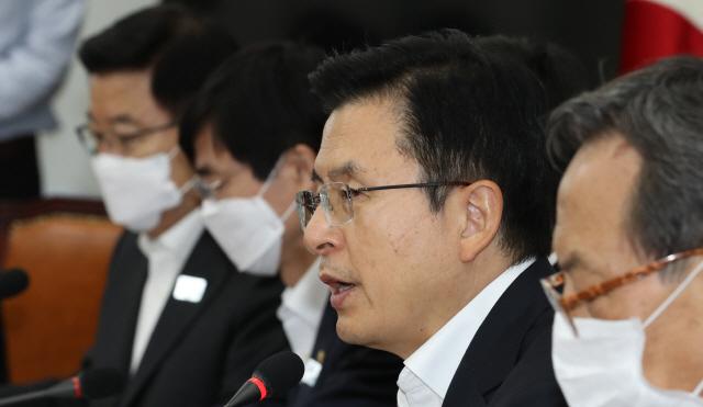 """황교안 '민경욱 논란'에 """"잘못된 공천 대표로서 정리"""""""