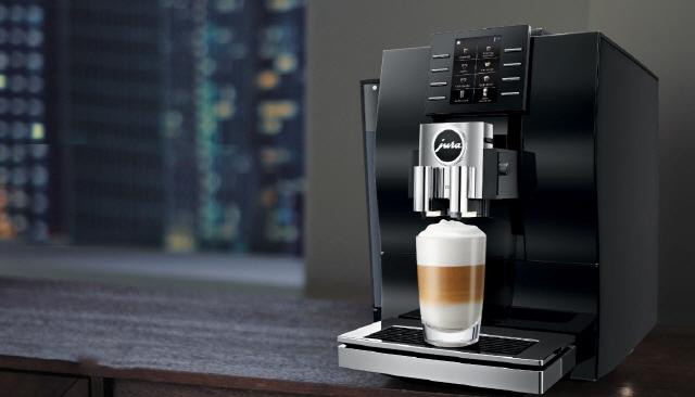 스위스 프리미엄 커피머신 유라 2월 온라인 판매량 전년 동기 대비 875% 급증