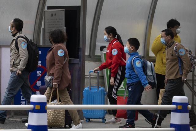 중국, 비자·거류허가 있는 외국인도 입국금지