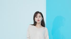 """김아중 근황 """"점점 더 예뻐지네"""" 섹시에 새콤달콤 매력까지 한눈에"""