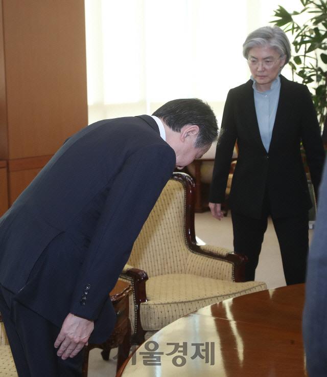 日 '한국 전역 입국거부'에... 외교부, 이번엔 격앙 반응 없이 '유감'