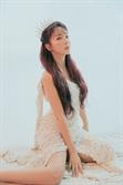 더더더 섹시해진 홍진영, 컴백과 함께 '왕관'을 썼다