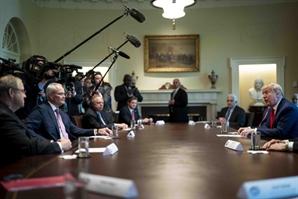 트럼프 소유 기업 '트럼프 그룹', 코로나19에 직원 1,500명 해고했다