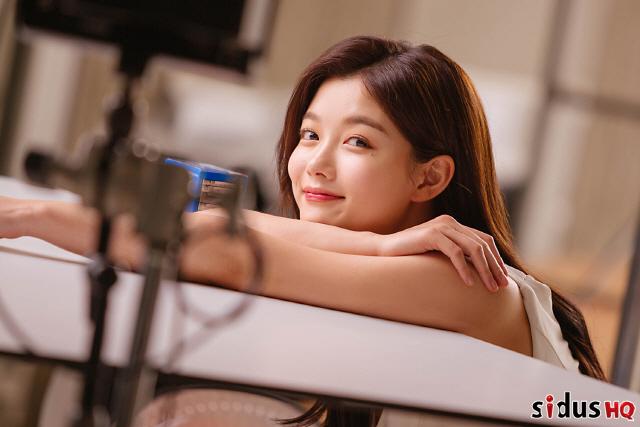 김유정, 보기만 해도 과즙미 '팡팡' 이렇게 귀여울 수가 있나