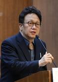 무소속 민병두 '동대문을' 완주 포기…民 장경태 지지 선언