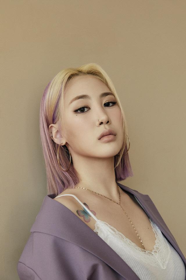 박지민, 활동명 제이미로 변경…JYP→워너뮤직 코리아서 새 출발