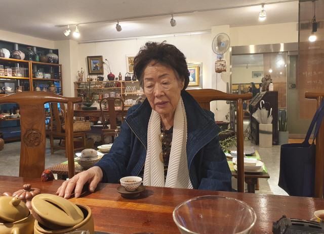 '돌발방문' 윤미향에 건강 악화된 이용수 할머니 '자기 마음대로 하는 사람'