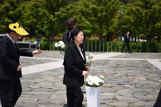 한명숙 전 총리, 정치자금 수수 사건 '결백' 입장 재확인