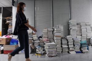 아듀! 다사다난 20대 국회…짐 옮기느라 분주한 의원회관