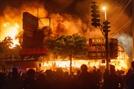 '흑인 사망 규탄시위' 美전역 확산…인종차별 울분 터졌다