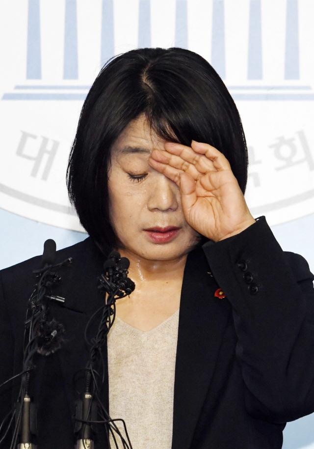 [뒷북정치] 北의 윤미향 보호와 민경욱 비난, 여당에 도움될까