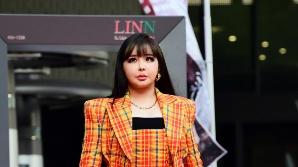 박봄, 인형 비주얼