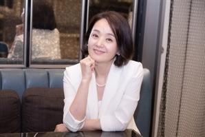 """[인터뷰]'결백' 배종옥 """"젊은 배우들 차 안에만…그래서 연기 멈춰있어"""""""