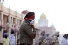 인도, 코로나19 확진자 급격히 증가...이탈리아 넘어섰다