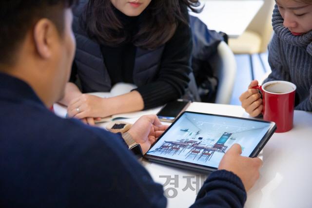 '한 회사에 머물 필요있나요?' '긱 이코노미' 채용 시장 주도하는 매칭 플랫폼