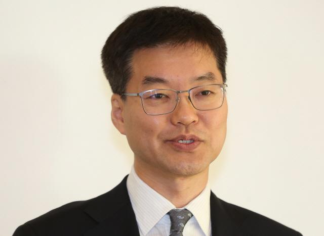 [단독/시그널] 김병건 회장, 휴젤 지분 1,100억원어치 블록딜로 내놨다