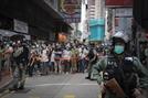 """""""대외이미지 세탁""""…홍콩 정부, 보안법 시행날 英홍보사에 수십억 지불"""