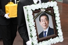 박원순 아이폰 비번 피해자 제보로 풀렸다…경찰 수사는 사망 경위 한정