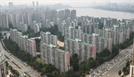 쏟아지는 부동산 규제에도 집값 상승 기대 더 커져
