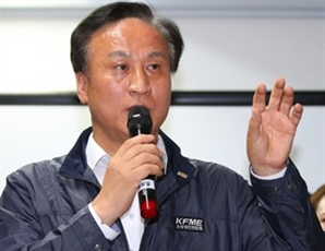 """""""사퇴는 없다"""" 소상공인聯 회장 초강수…노조 부위원장 징계 절차 돌입"""