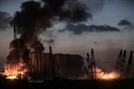"""폭발성 물질이 참사 화근…레바논 총리 """"항구 창고에 질산암모늄 2,750톤"""""""