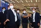 정부, 10일부터 中우한發 입국자에 문 연다