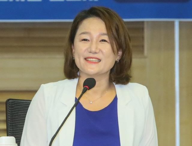 '독재' 꺼낸 윤석열 맹폭 이재정 '살아있는 권력 돼 가…그 자리 있어선 안 돼'