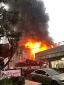 광주 호우경보 와중에 포장지 업체 창고서 불… 1명 화상