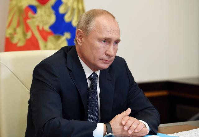 러시아 코로나19 백신은 '네 가지'가 없다 [김영필의 3분 월스트리트]