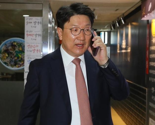 '4대강 조사하라' 文대통령 지시 맹폭한 하태경 '지극히 이해하기 쉬운 산수'