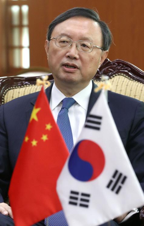 이번엔 中의 '우군전략'?... '시진핑 특사' 양제츠 내주 방한할 듯