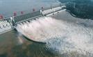 [최수문특파원의 차이나페이지] <64> 홍수 막고 전력 공급한 中 싼샤댐, 기후변화의 제물 될까
