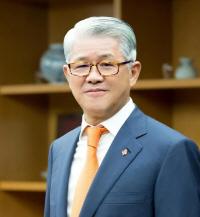 [시그널] 최신원 회장, SK텔레시스 지분 SKC에 모두 넘긴다