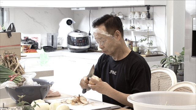 '1호가 될 순 없어' 김학래, 김장 수난시대…임미숙 연신 구박에 울상
