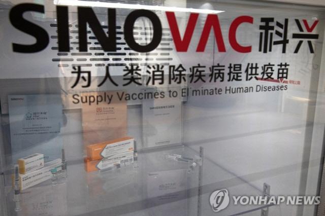 中 백신 개발 자신감?…자국산 백신 외신에 공개