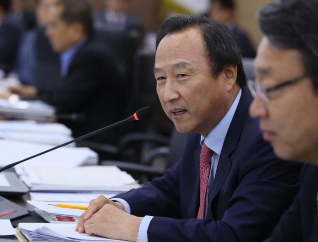 '불법 정치자금' 홍일표 전 의원 항소심서도 벌금 1,000만원