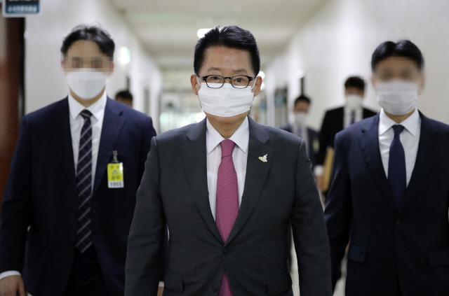 박지원 '공무원 피격에 김정은 개입 정황 없다..사체 수색 요구할터'