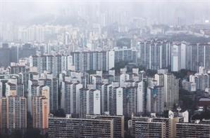 서울 아파트 평균 매매가 '10억 시대' 열었다