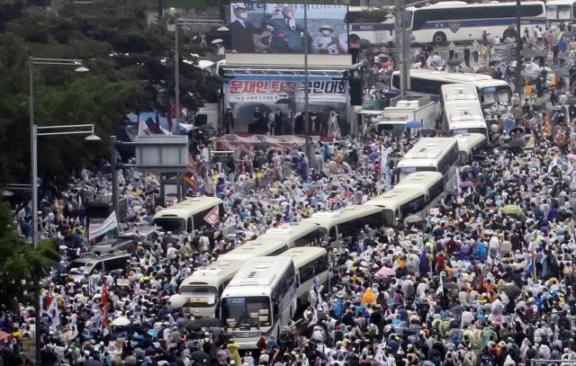 광복절집회 참가자 '불법 위치정보 수집했다' 정부에 손해배상 청구