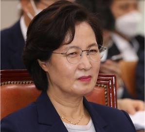 """추미애 """"무분별한 정치공세"""" 주장에 장제원 """"민망하지 않나…진실 드러날 것"""""""