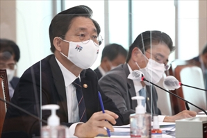 """산업장관 """"한전산업개발 공기업화 부처 간 협의 중"""""""