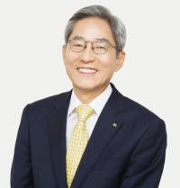 금융인의 '꽃' 100대 금융회사 대표 프로필을 샅샅이 살펴봤더니...