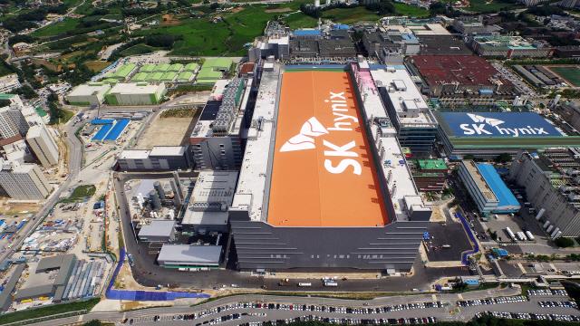 SK하이닉스, 인텔 낸드사업 인수한 결정적 이유는