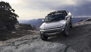 GM, 2.5조 투자해 전기차 생산 확대…첫 전기 픽업트럭도 공개