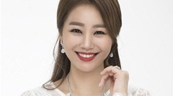 미스트롯 김양·우현정, 연예인야구 개막전 시구